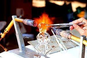 Souffleur de verre - Activité authentique et originale Bretagne