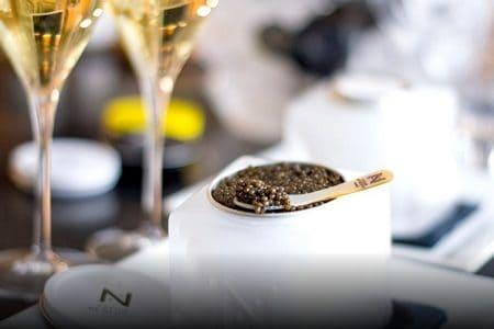 https://www.tidden.com/wp-content/uploads/2020/01/Champagne-et-caviar-02-1-450x300.jpg