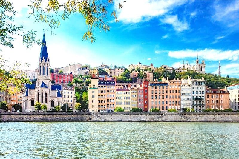 Visite guidee privee Lyon - degustation vin produits locaux