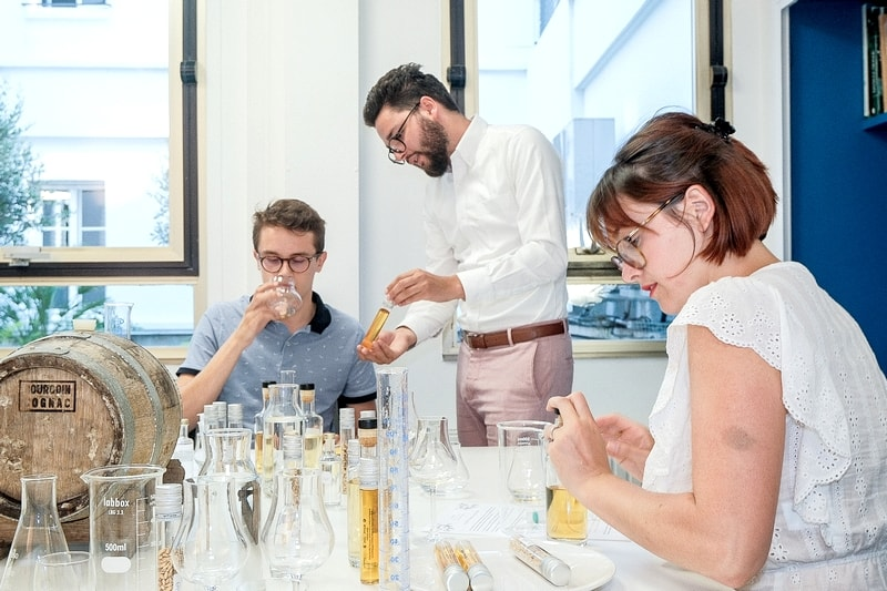 Atelier cours fabrication assemblage dégustation whisky paris