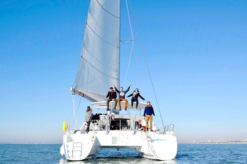 croisiere privee catamaran voilier bateau la rochelle groupe famille evg evjf 13 personnes boyard ile de re